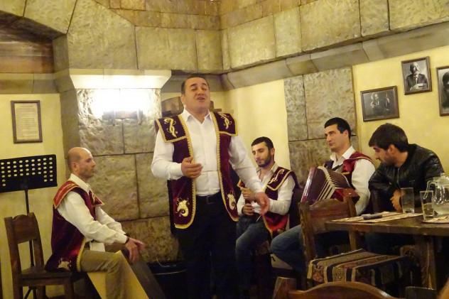 Armenische Folklore