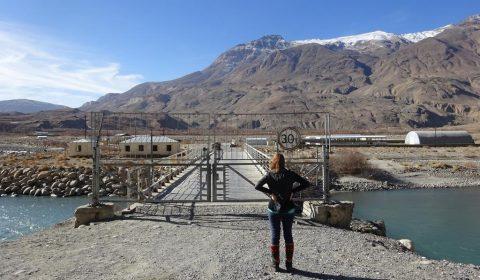 Vor der Grenzbrücke zu Afgahnistan