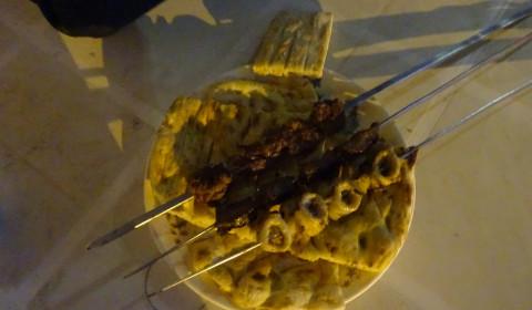 Kebab mit vermutlich Rinderbronchien