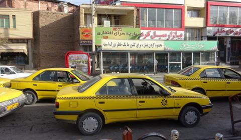 Offizielle Taxis in Kerman
