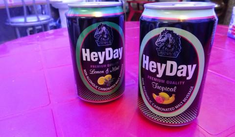 Alkoholfreies Bier auf iranisch
