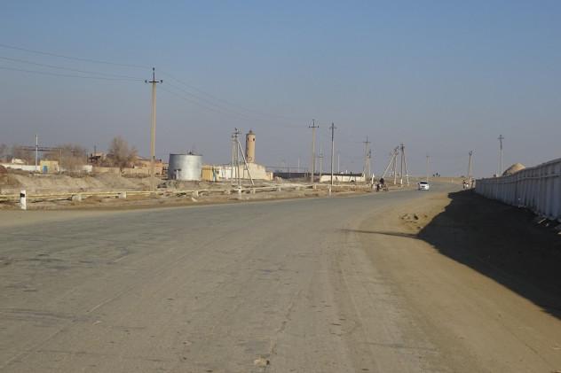 Straße Richtung Nukus