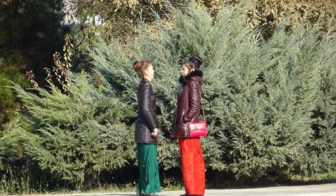 Turkmenische Frauen