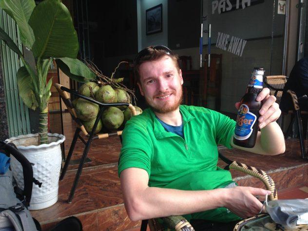 Erstes vietnamesisches Bier in Hekou
