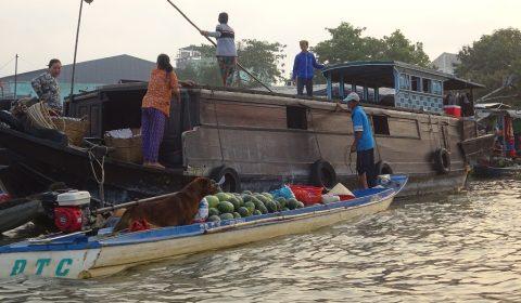 Handel zwischen den Booten
