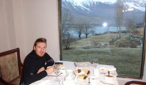 Im Serena Hotel mit Blick auf Afgahnistan