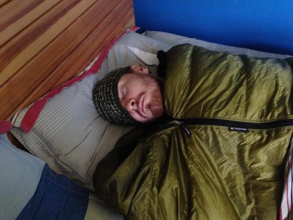 Matthias im Daunenschlafsack