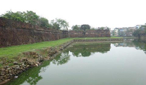 Mauer der Verbotenen Stadt in Hue