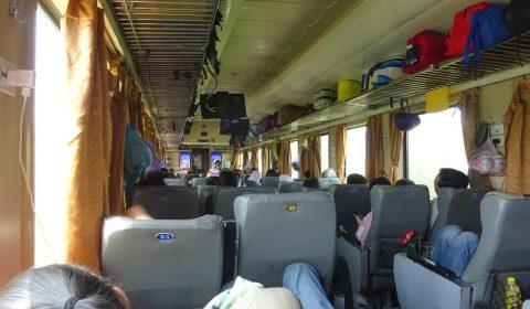 Im Zug nach Tuy Hòa